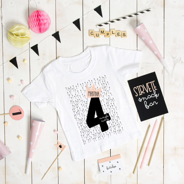 camiseta cumpleanos personalizada flechas